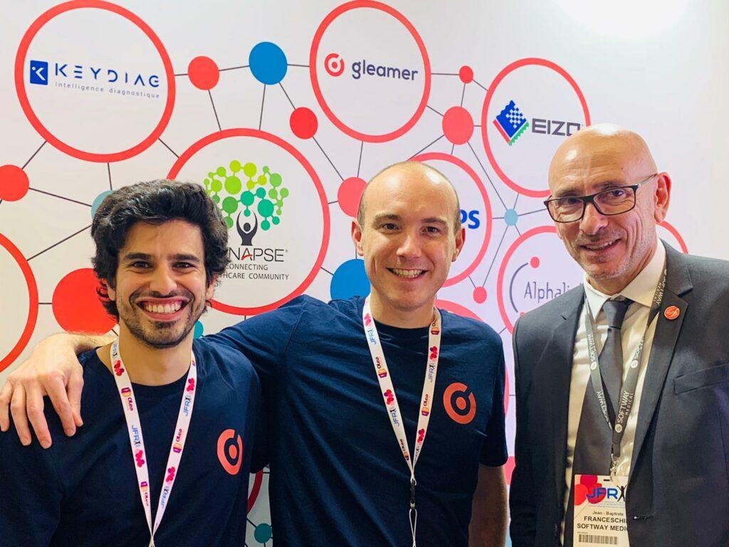 Merci à Christian Allouche et Nicolas COSME fondateurs de la start-up Gleamer pour leurs sourires aux cotés de Jean-Baptiste Franceschini, Directeur de la Division Imaging SOFTWAY MEDICAL.